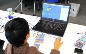 プログラミング教室,プログラミング,プログラミングスクール,体験,体験レッスン,体験授業,小学生,府中駅,府中